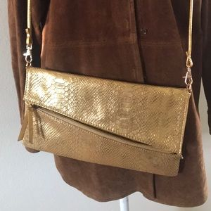 Melie Bianco Gold crossbody purse